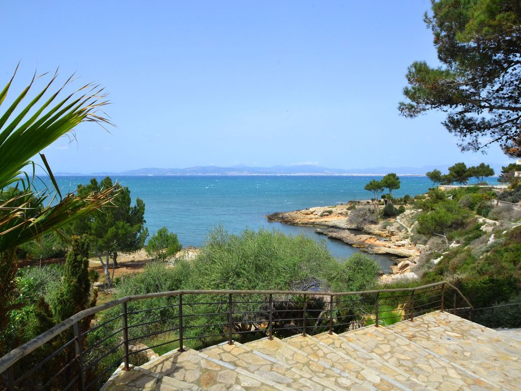 Property with 3 rooms in Cala blava