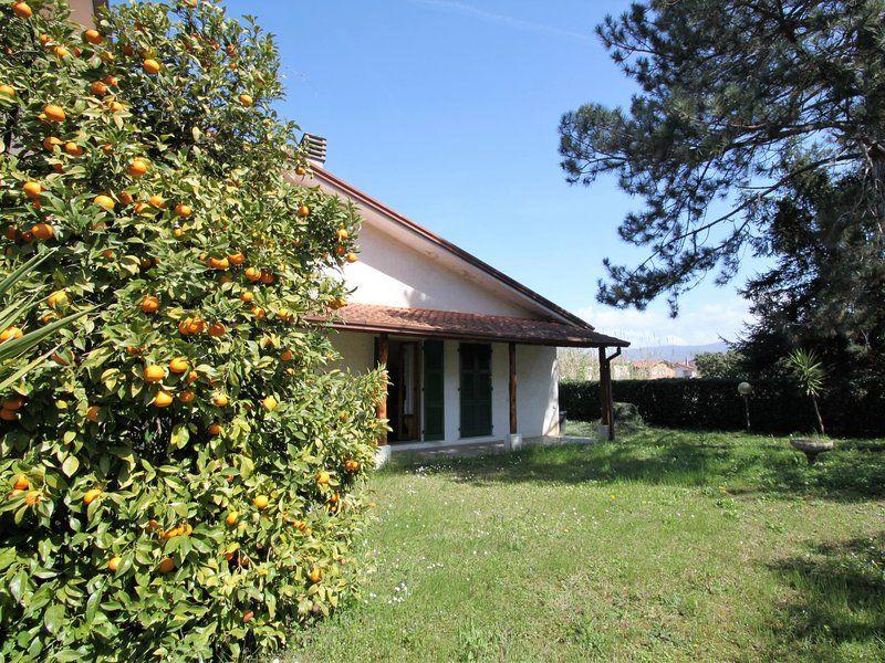 Alojamiento para 6 huéspedes en Ameglia
