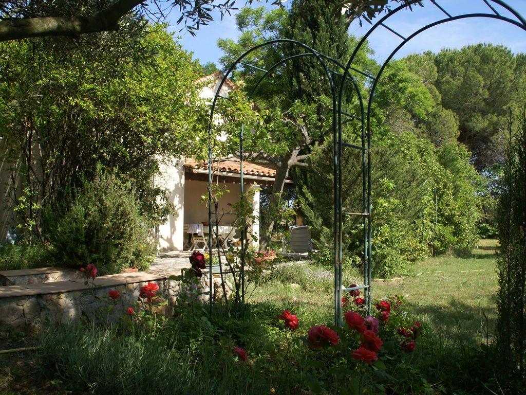 Alojamiento de 1 habitación en Loupian