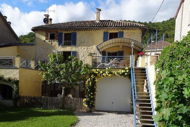 Alojamiento de 4 habitaciones en Alpes-de-haute-provence