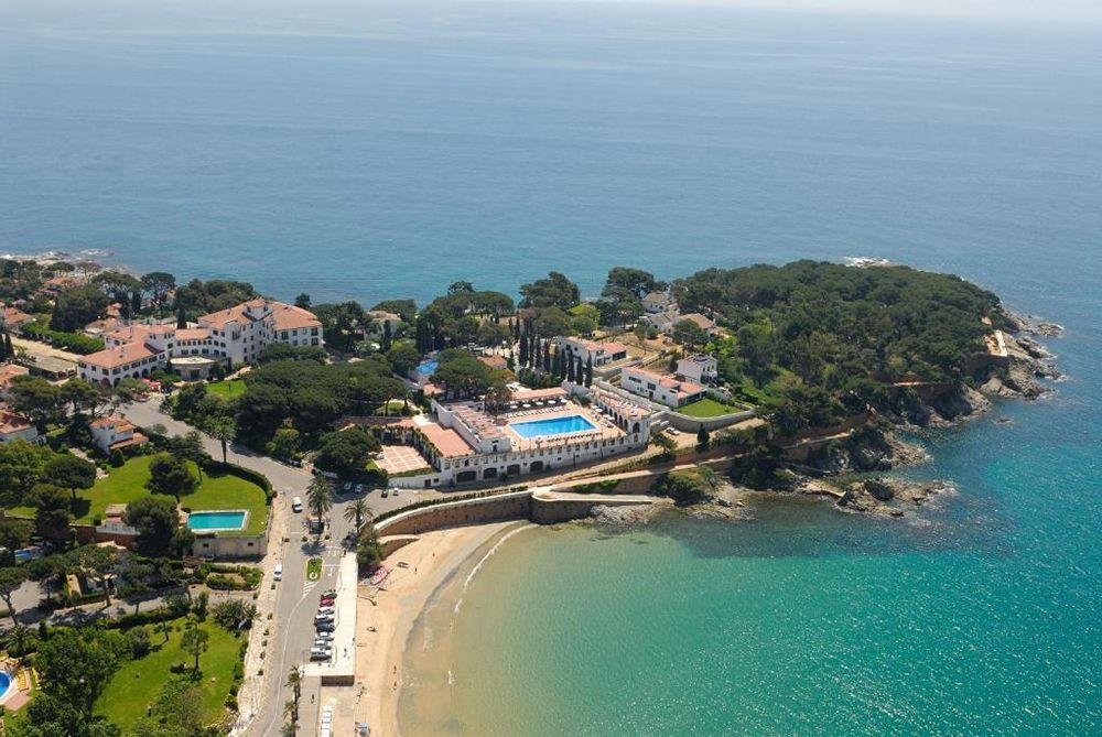 Hotel frente a la playa en s arago
