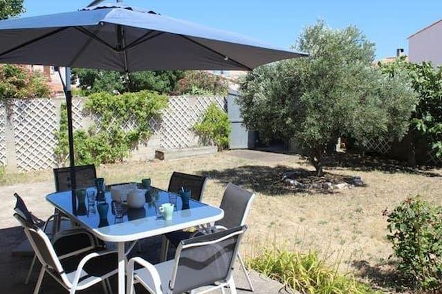 Alojamiento con jardín para 6 huéspedes