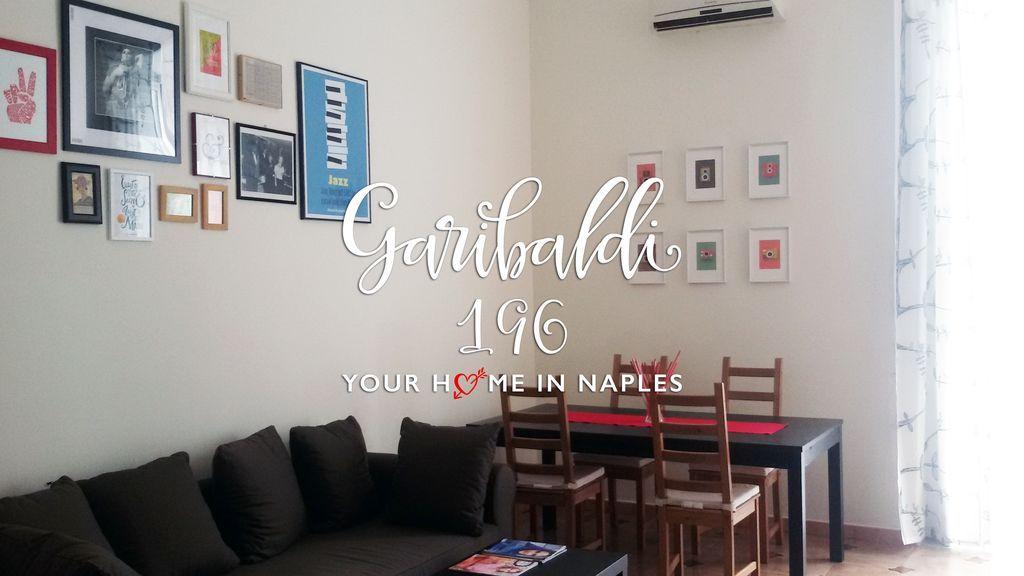 Apartamento en Nápoles con AC y Cocina