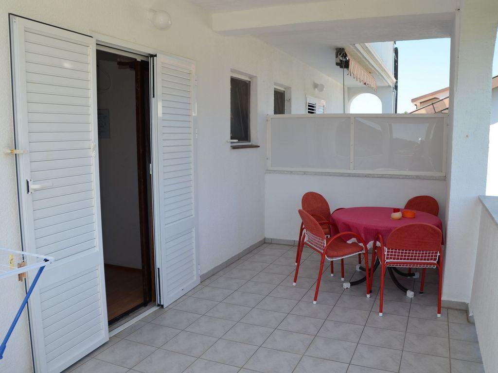 Apartamento para 3 huéspedes en Island rab