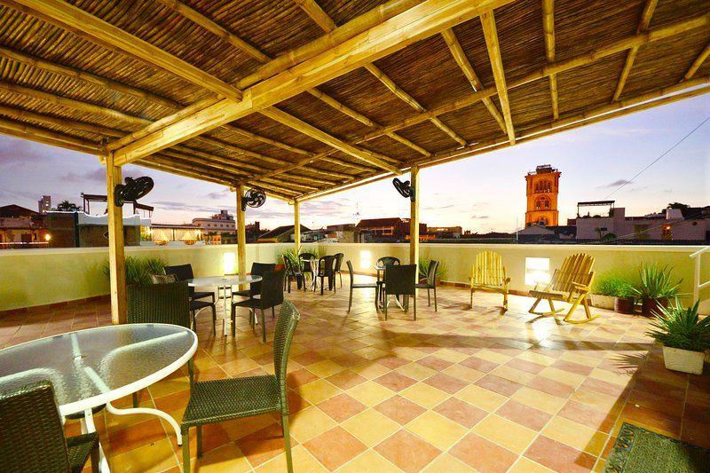 Provista vivienda con balcón