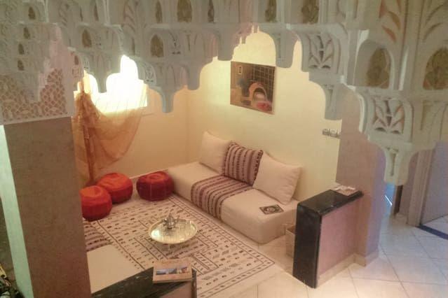 Piso en Meknes con balcón
