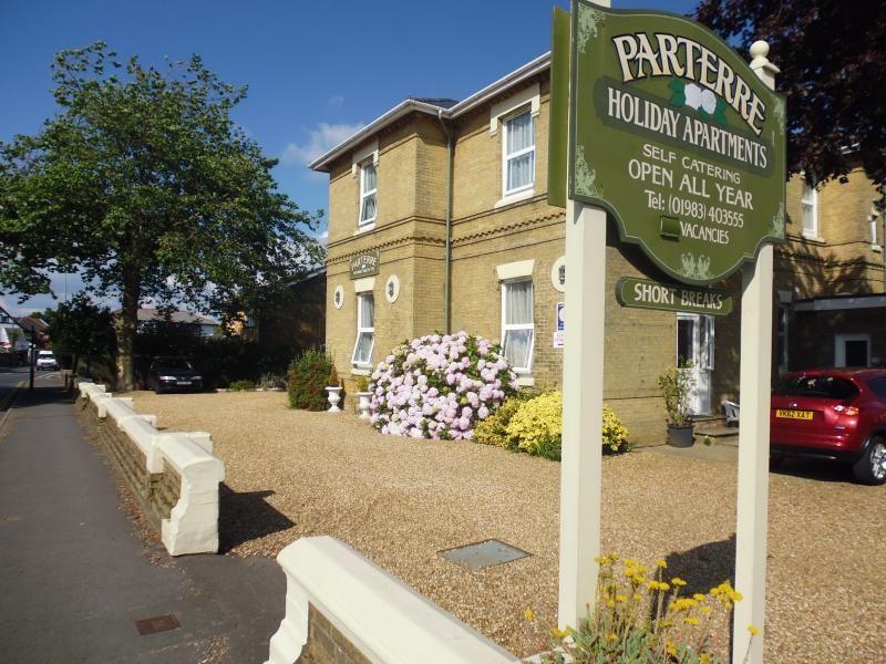 Parterre Apartment 3
