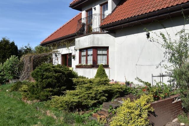 Comfortlable house with garden