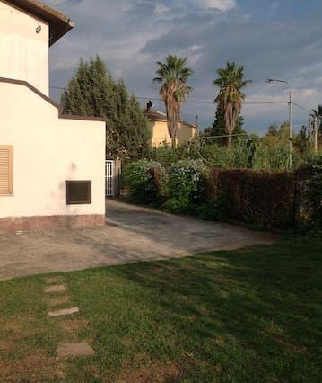 Residencia de 2 habitaciones con parking incluído