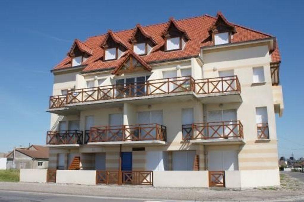 Vivienda de 2 habitaciones con balcón