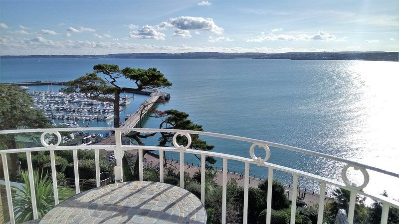 Apartment with 1 room in Torquay