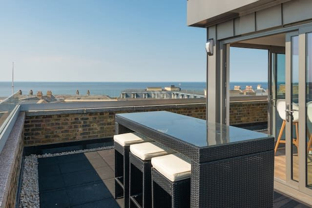 Property for 6 guests in Margate
