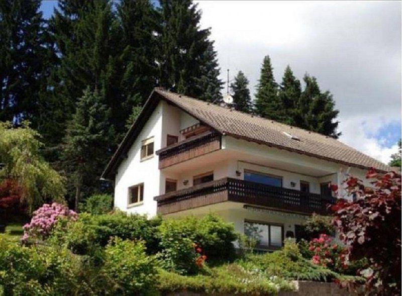 Alojamiento en Friedenweiler con balcón