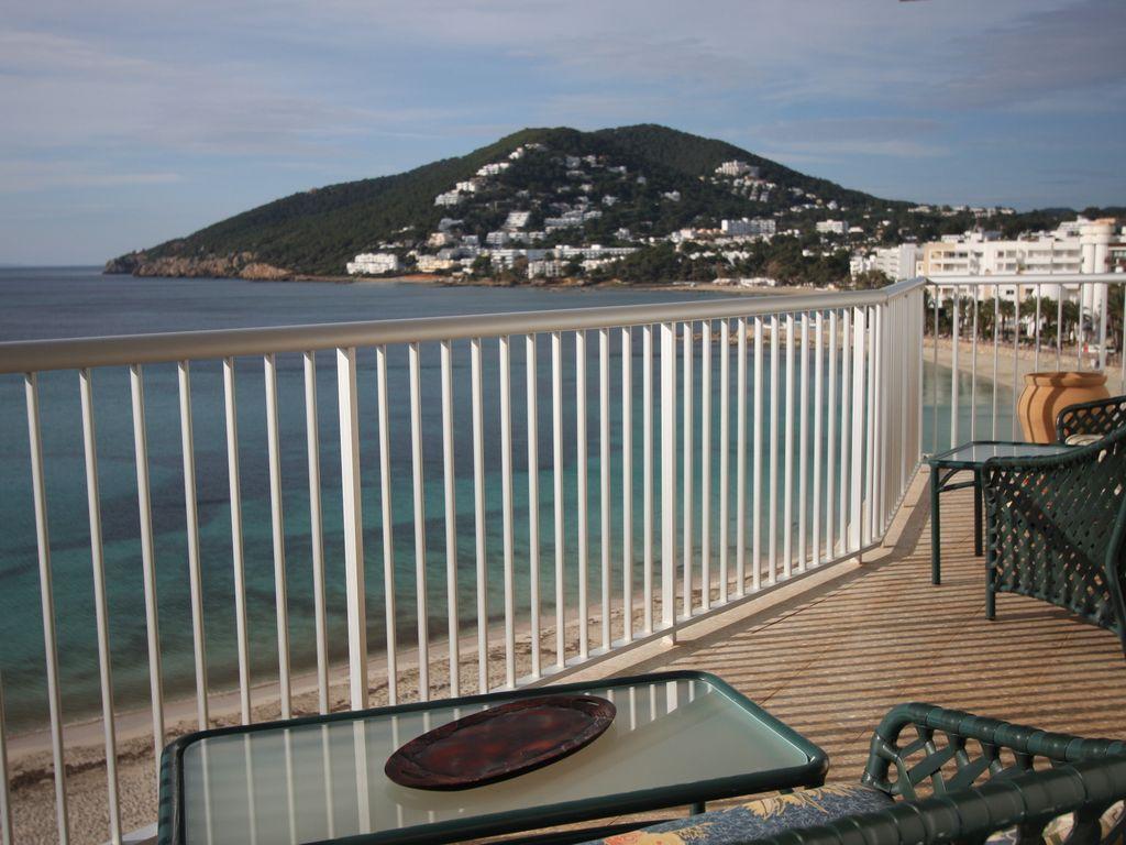 Property in Santa eularia des riu for 4 guests