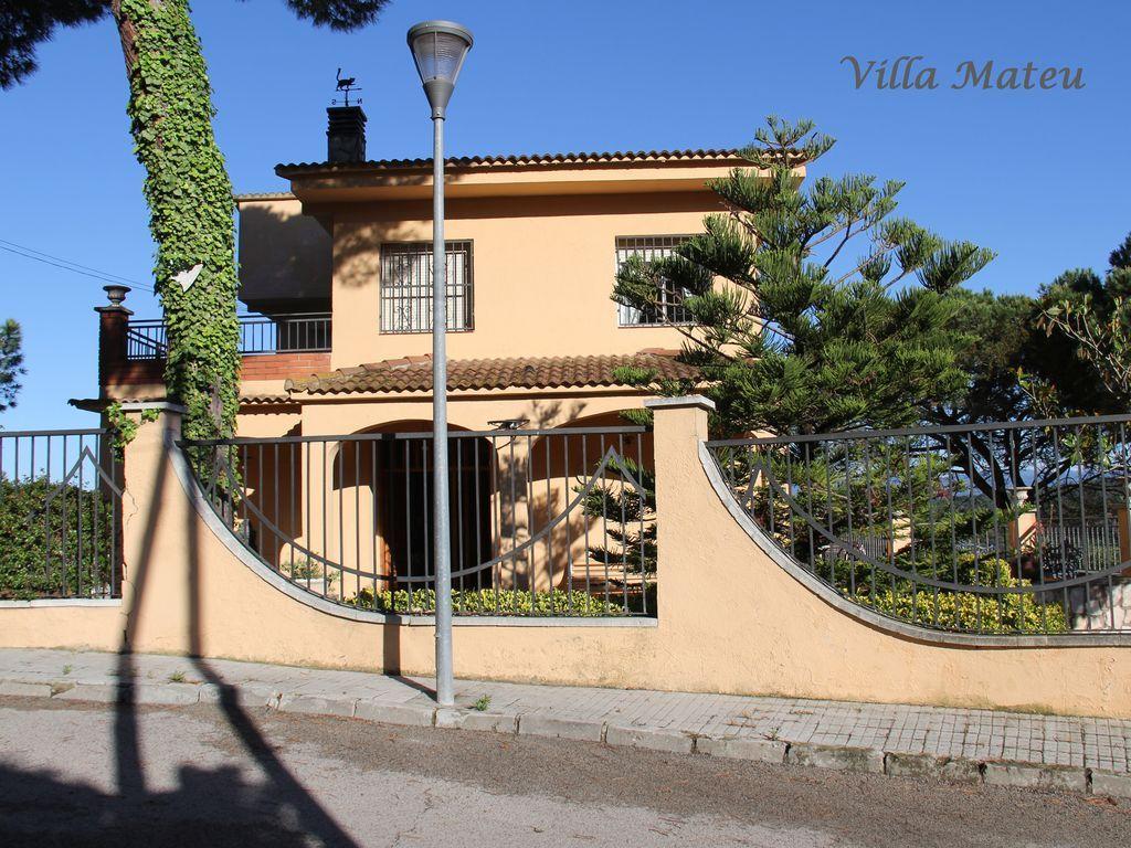 Residencia en Tordera para 10 huéspedes