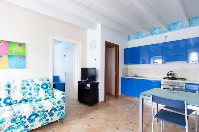 Grande Piso con 2 dormitorio(s) en San Felice del Benaco con Aire acondicionado y Aparcamiento