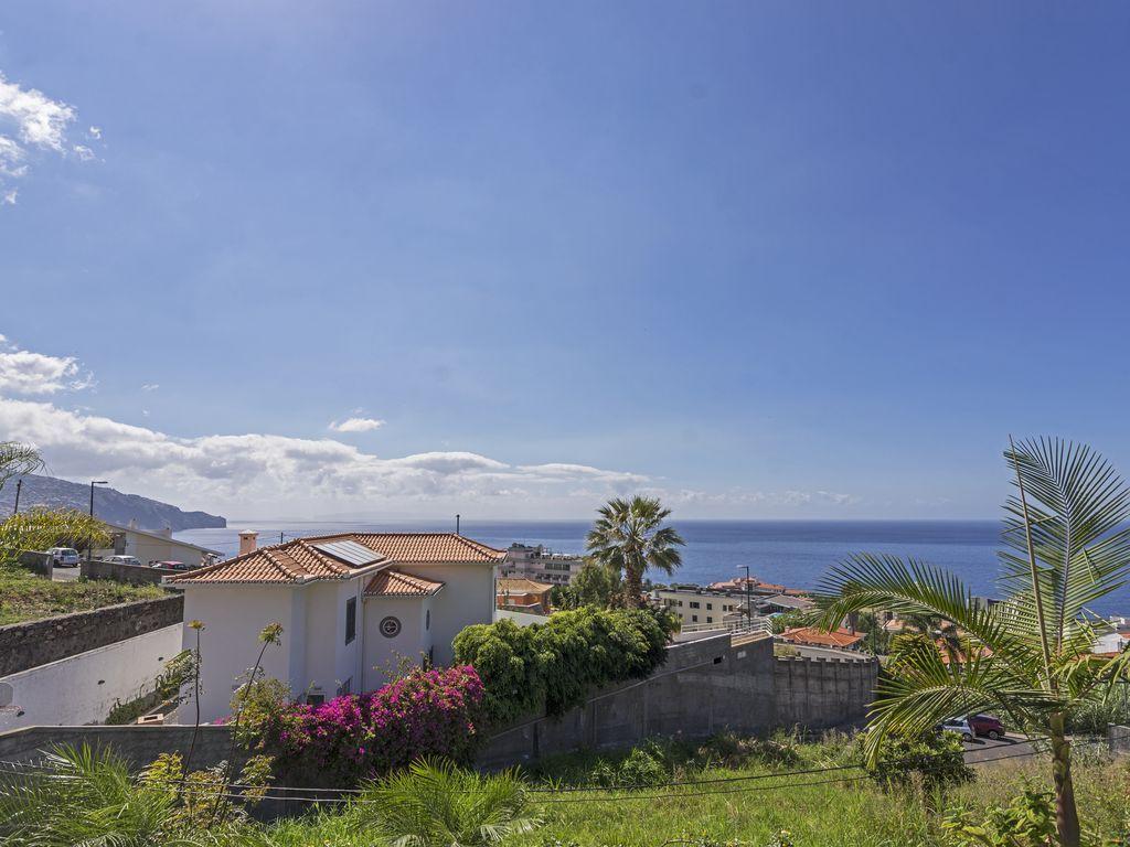 Alojamiento con parking incluído en Funchal