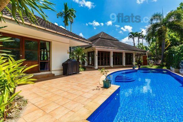 Casa con piscina en Kathu