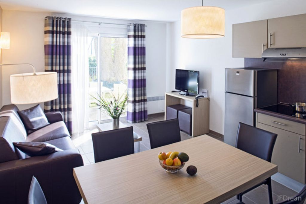 Holiday rental with 2 rooms
