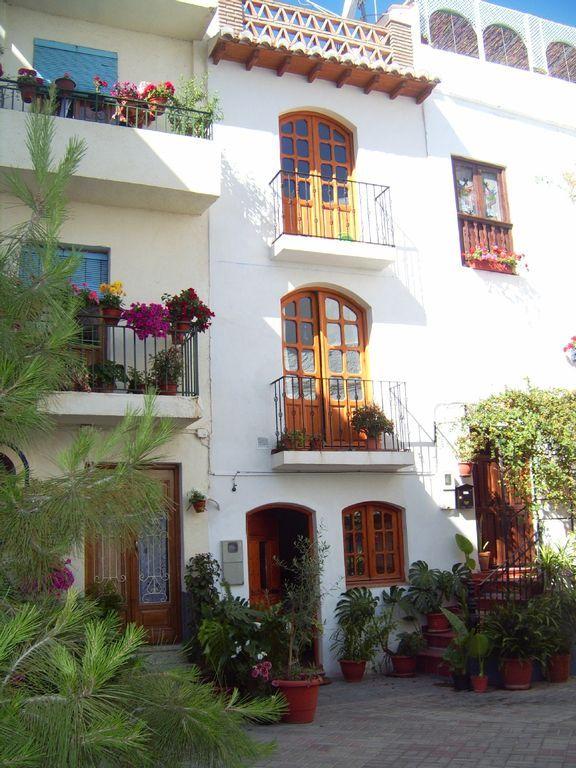 Vivienda para 4 huéspedes con balcón