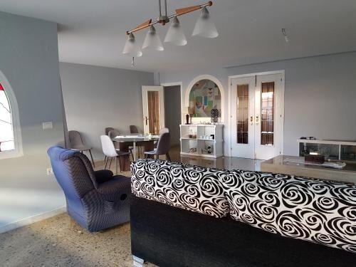 Apartment mit Balkon