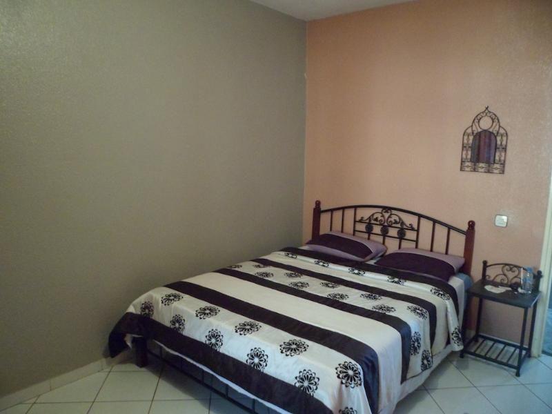 Spacious Apartment in Perfect Location Ref: 1074