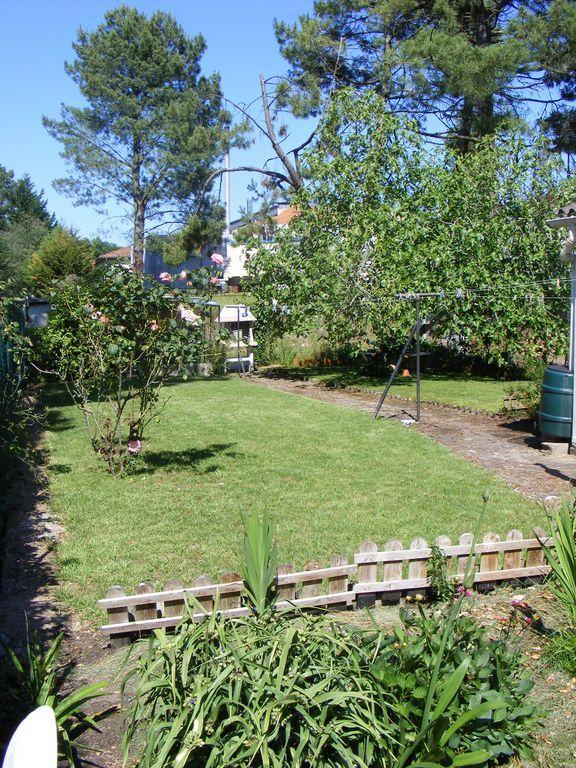 Piso para 6 huéspedes con jardín