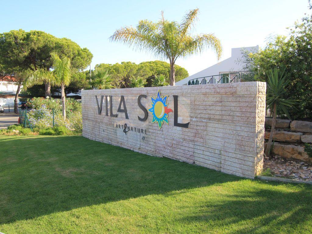 Moderno apartamento en el exclusivo complejo Vila Sol & Spa 5 *