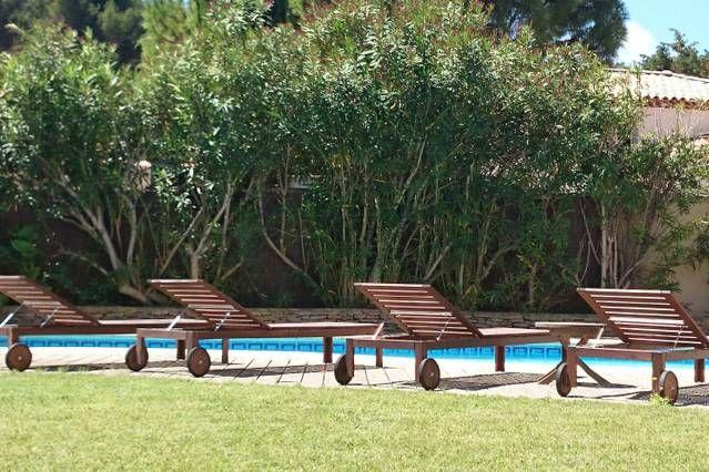 duplex adosado, en la villa con aire acondicionado, piscina, tranquilo