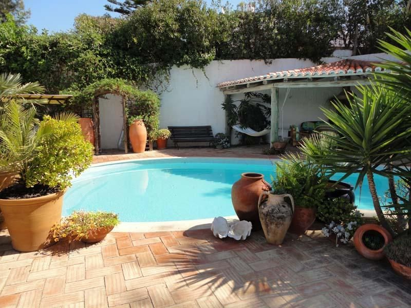 CASA LIMAO, beautiful apartment with pool.