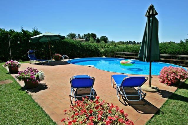 casa de vacaciones muy popular para 5 personas, con piscina, en Siena