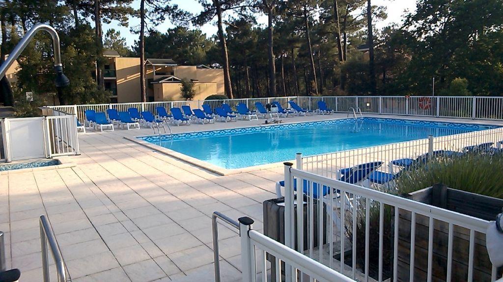 Apartamento de 1 habitación con piscina