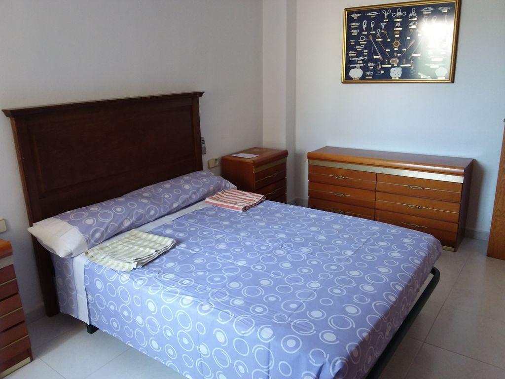 Práctico piso para 5 personas en Gandía
