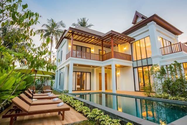 BEAUTIFUL 4 BEDROOM POOL VILLA (B1) - Cinco Habitaciones Villa, Capacidad 4