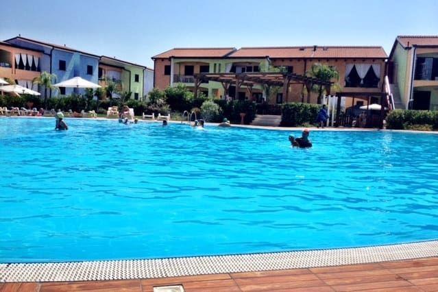 Apartamento atractivo con piscina