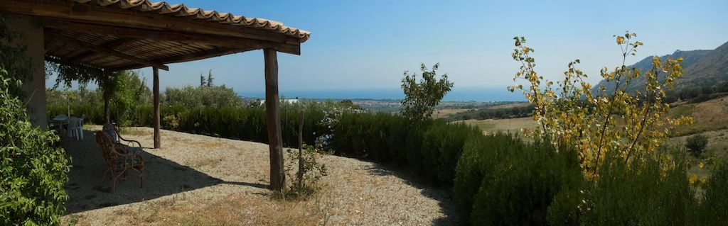 Casa de campo en Calabria, a 2 km del mar.
