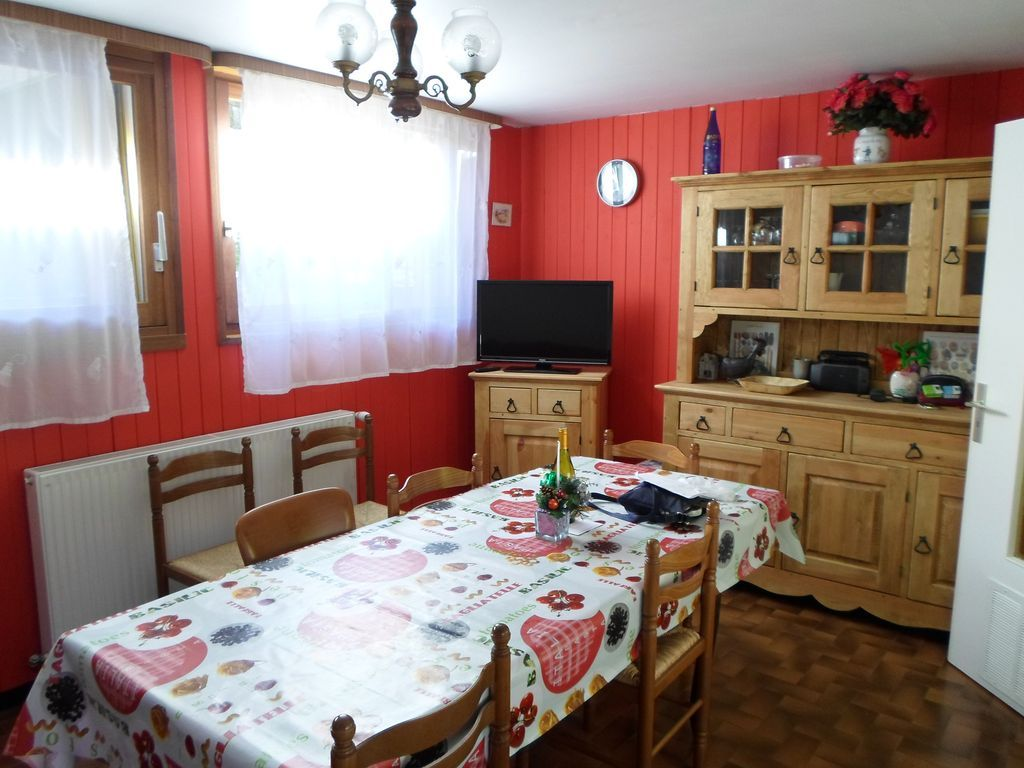 Holiday rental in Haute-savoie for 8 people