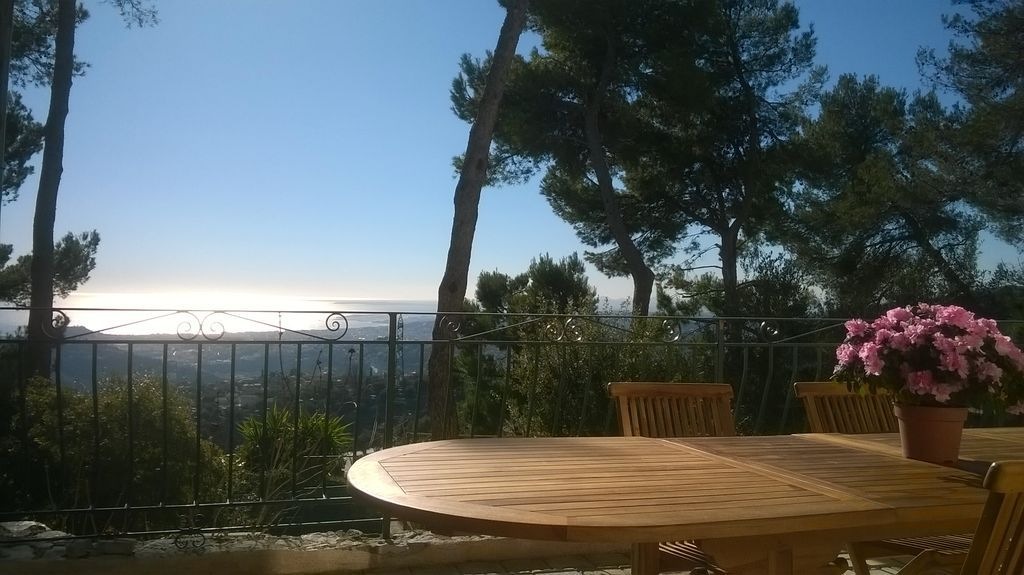 Homely tourist apartment with  Kitchen in Nice