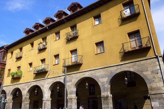 Atico precioso en Palacio , En Casco viejo, Edificio patrimonio Historico ,S.XVI