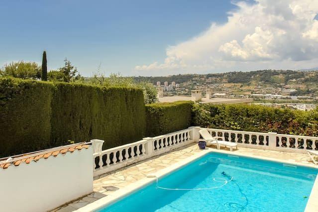 Residencia en Niza con parking incluído