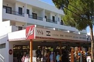 Holiday rental with parking included in Ibiza