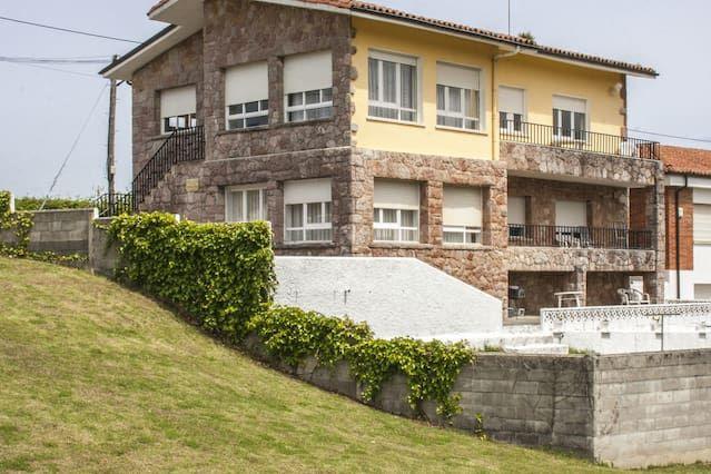 Casa Jerreros,Celorio, Llanes a 250 m de la playa