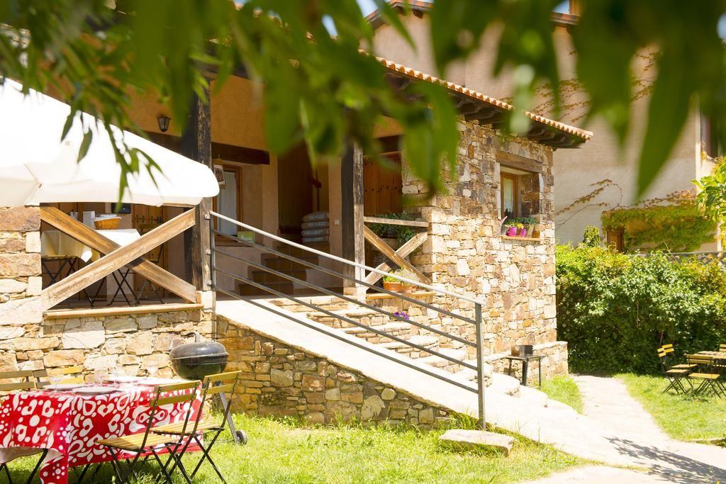 Vivienda en Montejo de la sierra de 5 habitaciones