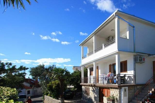 Apartamento vacacional con aire acondicionado y vista al mar