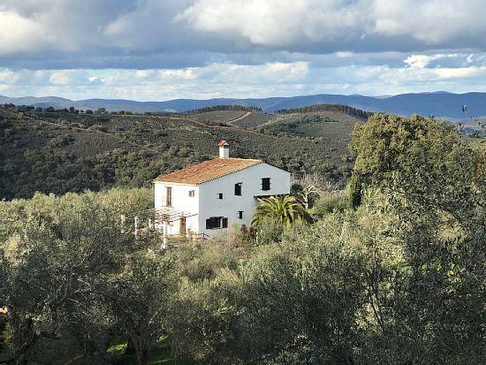 Vivienda con jardín en Aracena