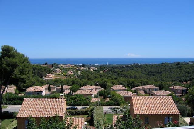 3 habitaciones con vistas al mar en Antibes-Biot Alquiler de temporada