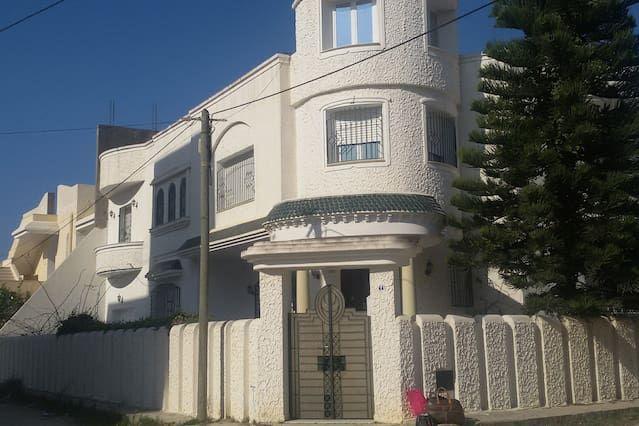 Residencia con parking incluído en Kelibia
