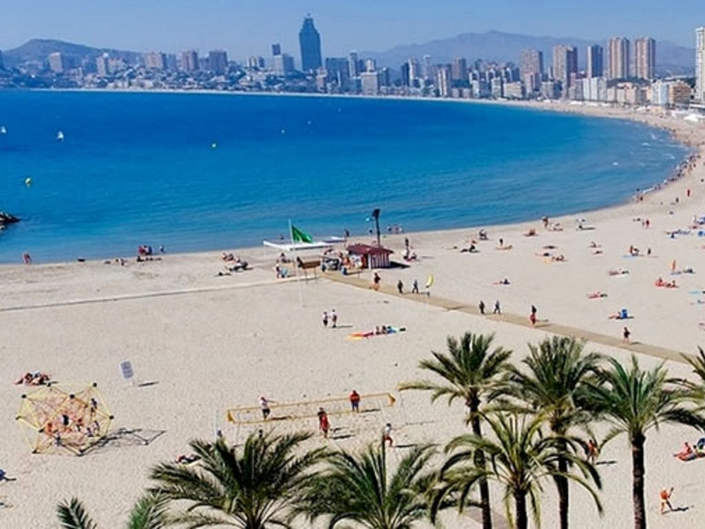 Delightful rental in Benidorm with Parking and Wheelchair access