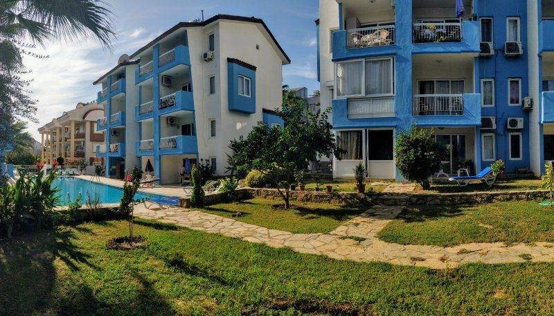 Inexpensive 2 bed duplex in Side