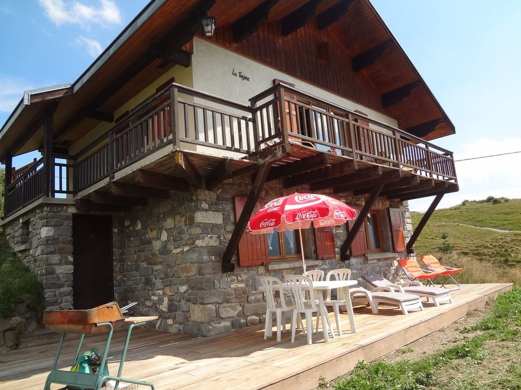 Residencia de 3 habitaciones con balcón